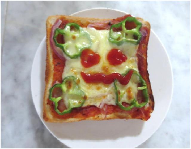 ハロウィンピザトースト