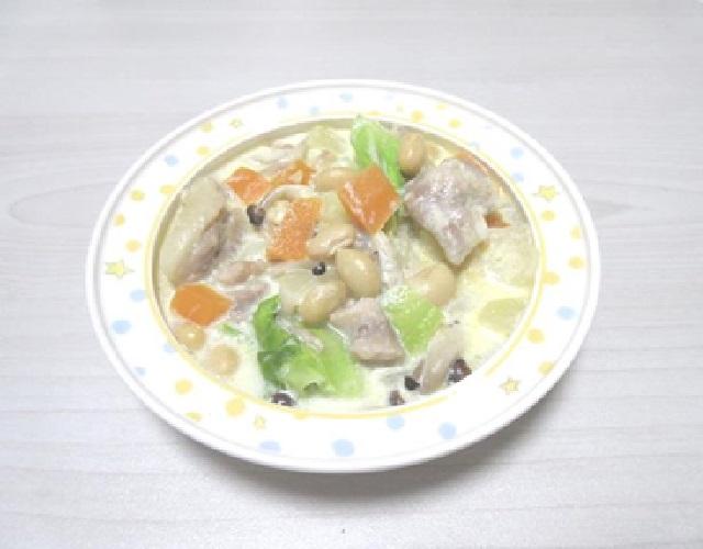 大豆と野菜のミルク煮