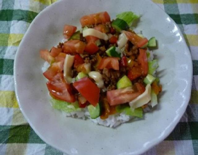 夏野菜のタコライス