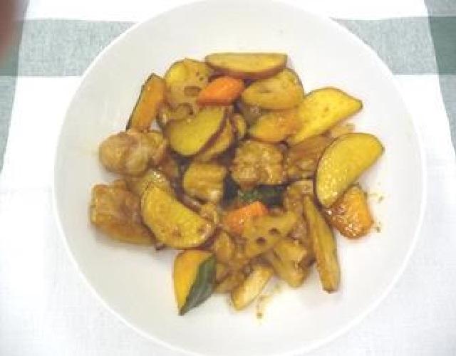 鶏モモ肉と根菜のデリ風