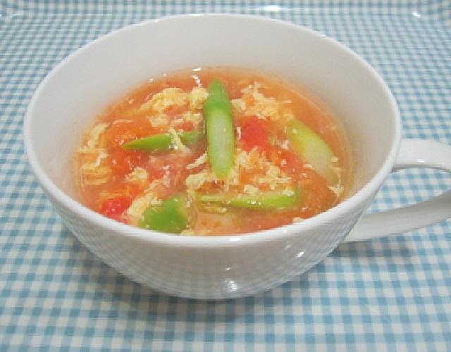 トマトとアスパラのスープ