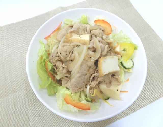 生姜焼きのっけサラダ