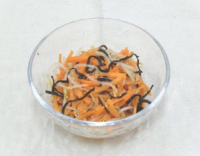 にんじんともやしの塩昆布ナムル