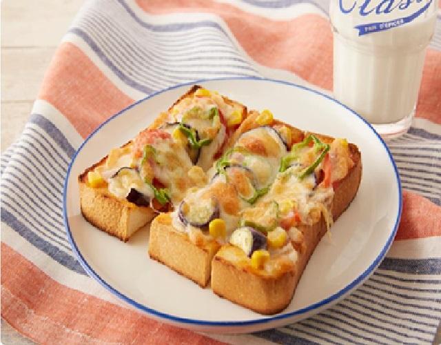 夏野菜のピザトースト